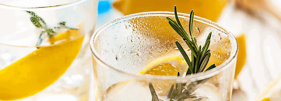 Rosemary Sour cocktail fra Copenhagen Cocktail Academy og Vinimondo til online portvinssmagning