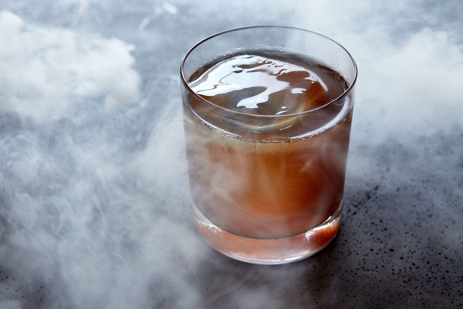 Cortsen dining cocktail og mad arrangement cocktail bespoke